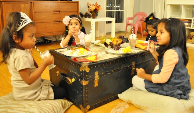 Kids Thanksgiving Table - Eating