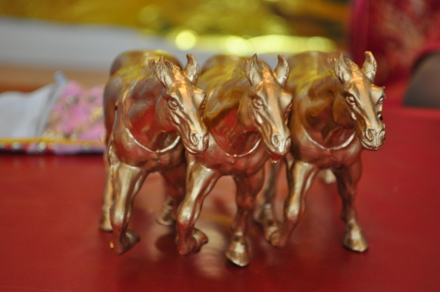 Chinese New Year - Gold Horses