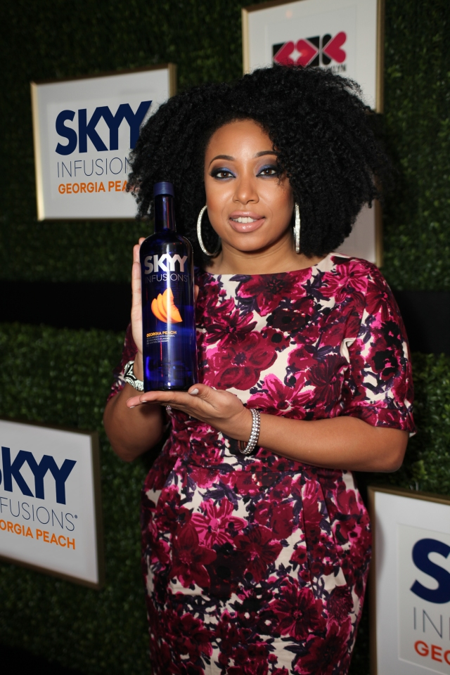 Cocktails with Belle - Atlanta - Demetria Step and Repeat SKYY Infusions Bottle